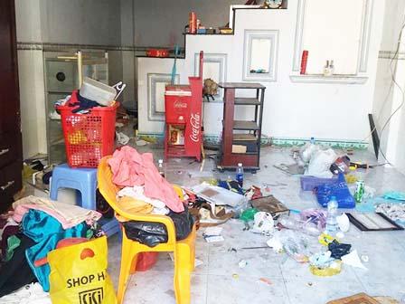 """Chuyện về những """"ông thần, bà tướng"""" ở trọ: Phòng thuê nên vừa dùng vừa phá cho bẩn"""