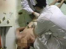 Con vừa tắm xong, 3 người trong gia đình phải nhập viện cấp cứu