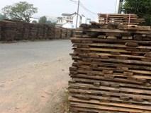 """Dân dọa đốt bãi gỗ của đại gia Sài Gòn """"uy hiếp"""" khu dân cư"""