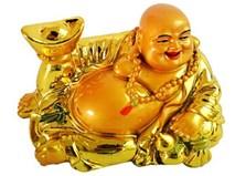 Đây là lý do nhà giàu thích đặt tượng Phật Di Lặc ôm thỏi vàng ở phòng khách