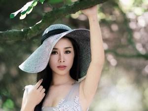 Mê mẩn trước nhan sắc 'gái 3 con' của bà xã ca sĩ Việt Hoàn