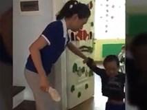 Giáo viên mầm non: 'Tôi được cho tiền để không đánh trẻ'