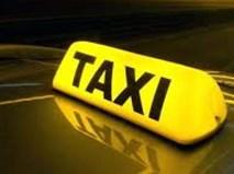 Quý bà bước ra từ nhà nghỉ và câu chuyện qua lời kể lái taxi