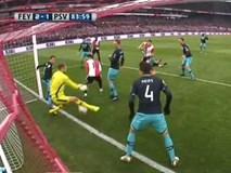 Bàn phản lưới nhà hiếm có của thủ môn Jeroen Zoet