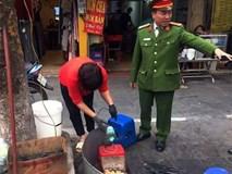 Hà Nội: 1 hộ dân bị xử phạt đến 6 triệu đồng do vứt rác tại vỉa hè