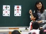 Mẹ ơi! Thay băng vệ sinh ở trường xấu hổ lắm: Con gái học lớp 5 gặp sự cố, mẹ nói thế nào để trấn an tâm lý?-4