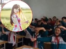 Đồng ca 'Nơi này có anh' của học sinh Hạ Long tặng cô giáo gây ngạc nhiên