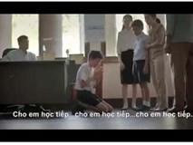 """""""Rớt nước mắt """"xem chuyện cô giáo và cậu bé tự kỷ"""