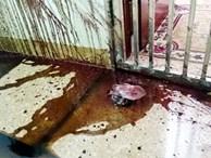 Sau vụ cư dân bị cắt nước 8 ngày, lại có 3 hộ dân ở chung cư Văn Phú bị ném chất thải vào nhà