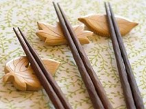 Dùng đũa bao lâu thì nên thay để tránh dẫn đến ung thư gan?