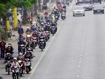 Ngạc nhiên ảnh dòng người đi xe máy chuẩn làn đường ở đất Cảng