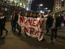 CĐV Arsenal biểu tình đòi Wenger ra đi