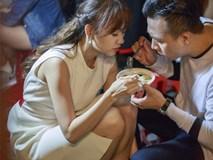 Món quà kỉ niệm ngọt ngào sau ngày cưới của Trấn Thành - Hari Won
