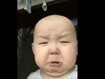 Em bé 'chọc cười' khi có biểu cảm thay đổi theo bài hát