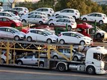 Xe nhập giảm gần trăm triệu đồng, ô tô ngoại tiếp tục đổ về Việt Nam