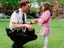 5 quy tắc an toàn mọi đứa trẻ đã lên 4 tuổi cần phải nắm được