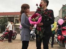 Chàng trai 'huy động' gần 40 xe tay ga cầu hôn bạn gái và cái kết không thể ngọt ngào hơn