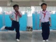 Cậu bé vừa nhảy vừa hát live 'Bống bống bang bang' khiến người nghe nổi da gà