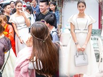 Phạm Hương bị fans 'quây kín' khi tham dự sự kiện tại Hà Nội