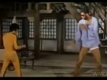 """10 cảnh võ thuật xuất thần của """"con rồng"""" Lý Tiểu Long"""