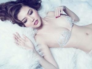 'Nữ hoàng sắc đẹp' Ngọc Duyên khoe trọn đường cong nóng bỏng sexy