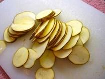 Chà lát khoai tây vào nách, 1 tháng sau sẽ thấy kết quả bất ngờ