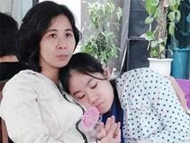 """Người mẹ và hành trình 13 năm mò mẫm tìm đường """"cứu"""" con gái tự kỷ"""