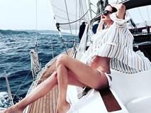 Mặt trái của lối sống ảo trên Instagram: Mỹ nữ chuyên xin tiền bố mẹ sắm áo quần hàng hiệu