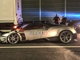Siêu xe Pagani Huayra BC 2,5 triệu USD đầu tiên gặp nạn