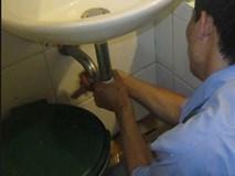 Gần 700 triệu đồng 'đội nón ra đi' cùng gã thợ sửa ống nước bí ẩn