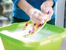 Sai lầm chết người khi rửa bát nhiều người mắc cần bỏ gấp