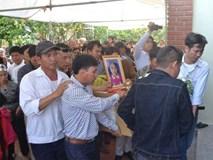 Xót xa tang lễ bé gái người Việt bị sát hại ở Nhật lúc nửa đêm