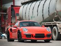 Siêu xe Porsche 911 GT3 RS độc nhất Việt Nam xuống phố