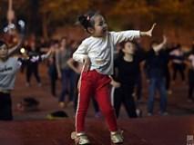 Bé 5 tuổi trở thành 'bà thím' dạy nhảy nổi tiếng nhất Trung Quốc
