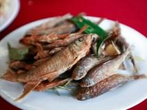 Bê chao và cá suối nướng - món ăn khoái khẩu khi đến Mộc Châu
