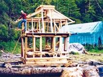 20 năm hì hục xây nhà trên sông, kết quả của hai vợ chồng khiến ai cũng bất ngờ