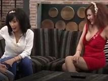 """Phi Thanh Vân khoe ngực trong """"Gia đình vui nhộn"""", khán giả bức xúc"""
