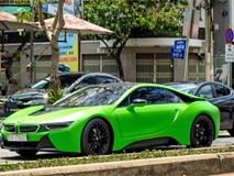 BMW i8 màu xanh xuất hiện ở Sài Gòn