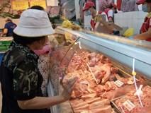 """Thịt lợn ngoại nhập 27.000 đồng/kg, nỗi """"kinh hoàng"""" của người chăn nuôi Việt"""