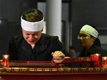 Nghệ sĩ nghẹn ngào trong tang lễ NSƯT Duy Thanh