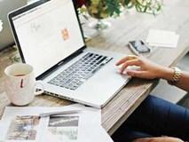Tuyệt chiêu làm đẹp da đơn giản cho các nàng công sở tiếp xúc với máy tính mỗi ngày