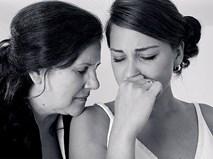 Bà cũng có con gái, sao làm mẹ chồng lại độc ác với con dâu đến thế?