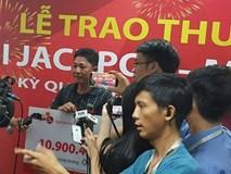 Bỏ mặt nạ, live stream nhận độc đắc Vietllot: Có 10 tỷ, không phải sợ