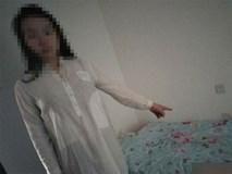Mở cửa sổ chui vào nhà đàn ông lạ, cô gái trẻ tắm xong thản nhiên lên giường ngủ