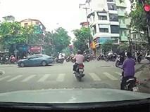 """Hà Nội: Khi """"cảm tử quân"""" xuống đường"""