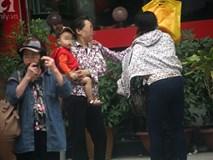 Hà Nội: Người tham gia đa cấp nhiều tỉnh đổ về VP Thiên Ngọc Minh Uy