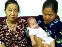 Hà Nội: Bé gái 6 tháng tuổi bị bỏ rơi ở tầng 9 chung cư