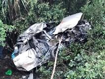 '6 người kẹt trong xe Innova quá thương tâm'