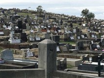 Người chết 'chen' nhau ở nghĩa trang Australia trong 30 năm tới