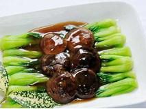 Nấm hương Nhật đắt như nhân sâm: Dân Hà thành xào rau cải